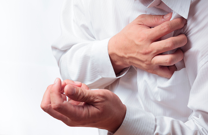 Cardiac angina symptoms