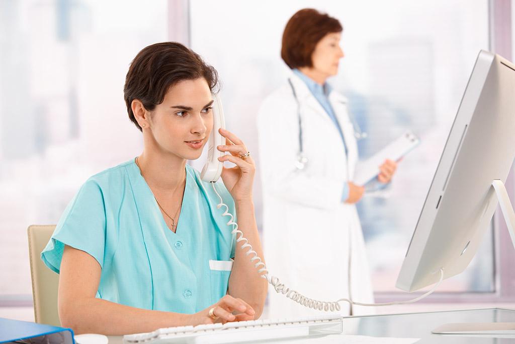 записаться к дерматовенерологу по телефону