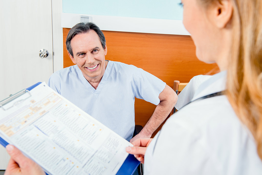 علاج تضخم البروستاتا الحميد بالاستئصال عبر الإحليل